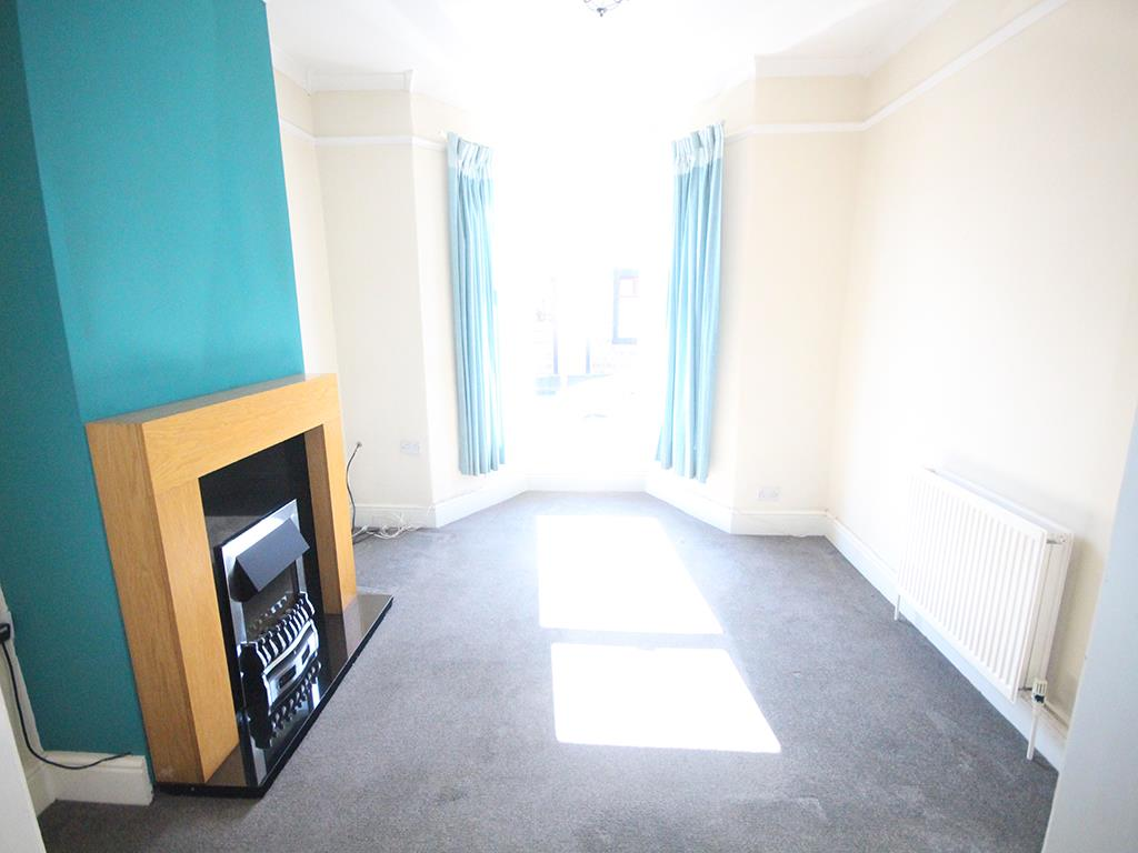 3 bedroom mid terrace house To Let in Earby - Property photograph